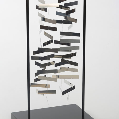 julio-le-parc-edition sculpture mobile-rectangle-editionsMAK-Mike-Art