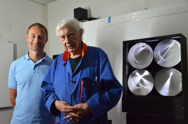 mike-and-julio-le-parc-continuel-lumiere-